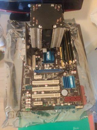 Placa madre, procesador, RAM, disipador