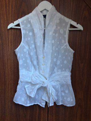 Blusa blanca de mujer de Adolfo Dominguez