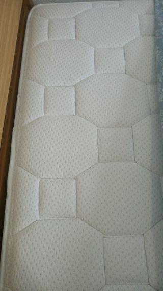 Cama con colchón FLEX 1,05 cm ancho