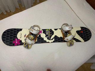 tabla de snowboard banana y fijaciones Burton