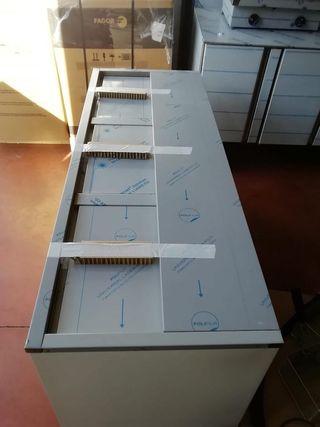 BOTELLERO INDUSTRIAL EDENOX 1.50CMS 3 PUERTAS