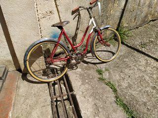 bicicleta antigua BH varillas