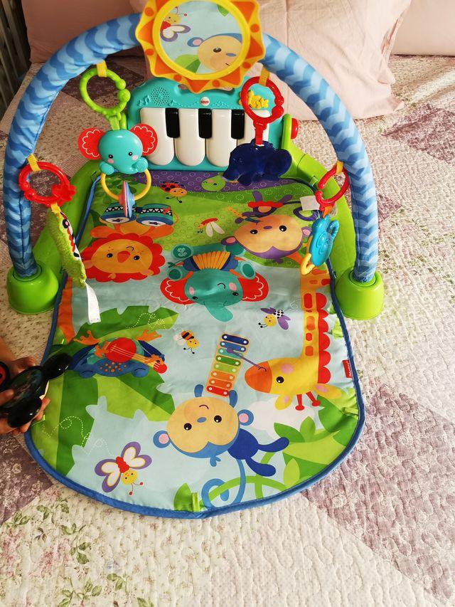 Parque infantil piano