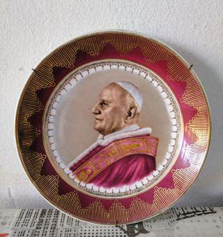 plato decorativo Juan XXII fue el papa n.º 196 de