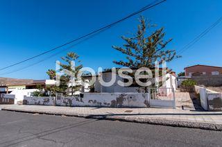 Chalet en venta de 222m² en Calle León y Castillo,