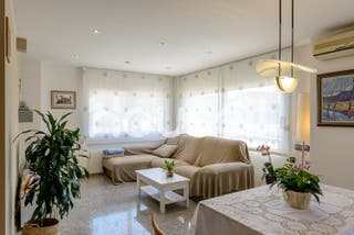 Chalet en venta de 387 m² Calle Volca Montcal, 178