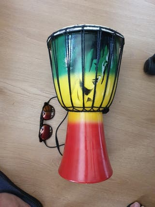 Tambor, djembe, timbal, bongo colores África