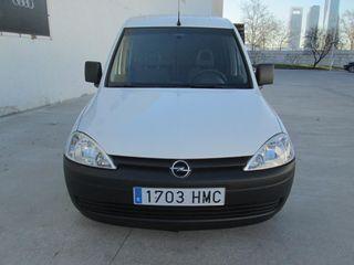 Opel Combo 2012 vendo o cambio por turismo