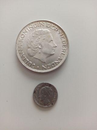 Lote de 2 monedas de plata de Holanda.