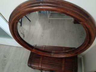 Espejo antiguo con marco de caoba maciza