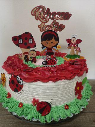 pastel personalizado Mariquita
