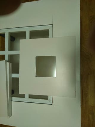 Espejos de pared de color blanco, no se venden por