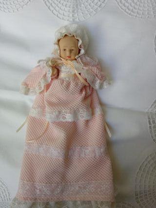 Muñeca de porcelana.