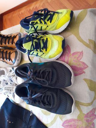 zapatillas y mochila