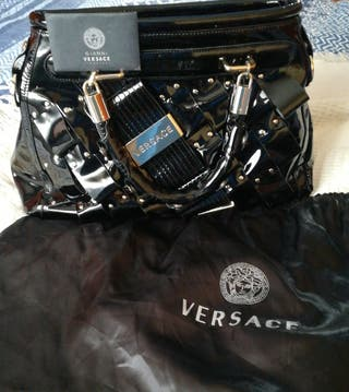 Bolso( Versace) color negro chalor