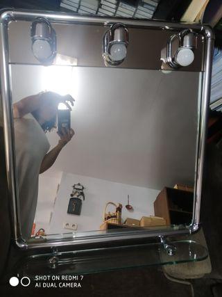 espejo baño con repisa y luces