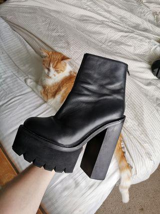 Jeffrey Campbell Mulder Black Platform Boots