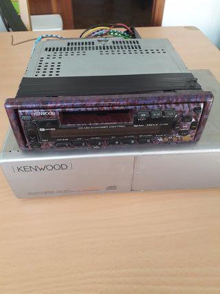 Radio cassette y cargador de CDs KENWOOD