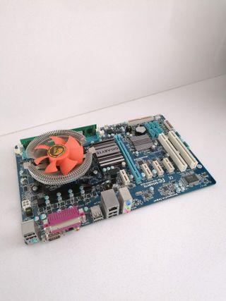 placa base + procesador + ram