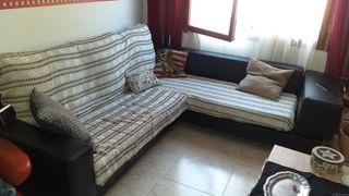 sofá 250x250 L 200 €