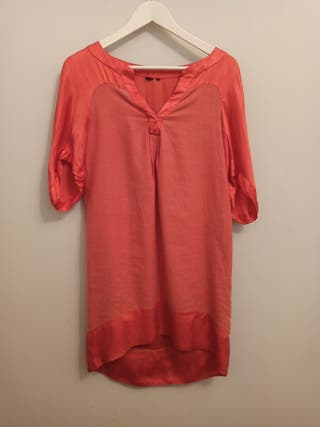 vestido mujer en rojo coral