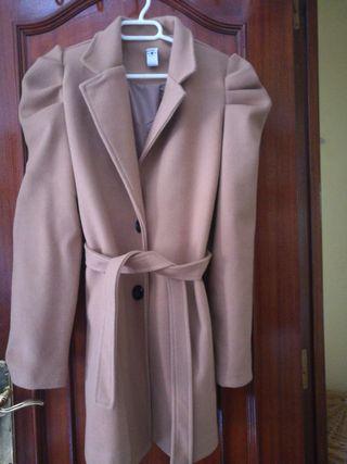 chaqueta de paño color marrón