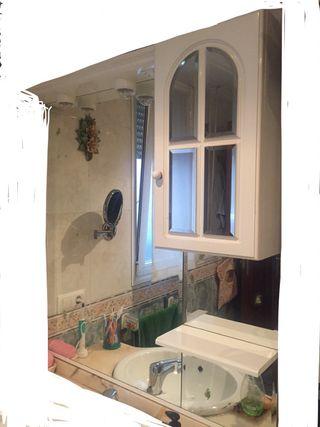 Espejo con armario y luces