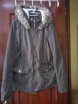 chaqueta color militar