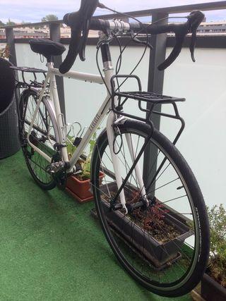 Bicicleta polivalente finna bike Barcelona