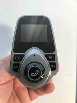 Transmisor Bluetooth FM USB Cargador manos libres