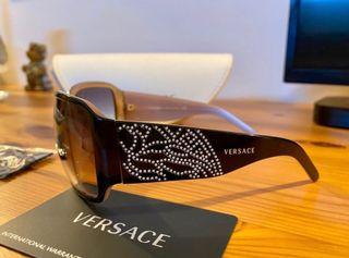 Preciosas gafas Versace