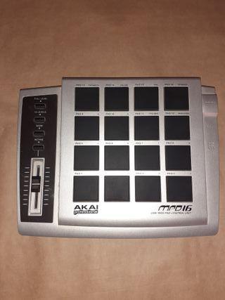 Controlador Pad MIDI AKAI MPD16
