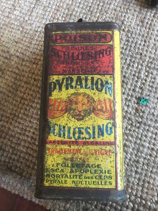 Caja metálica veneno pyralion