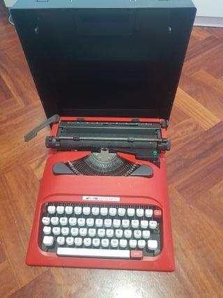 Máquina Olivetti Lettera 12