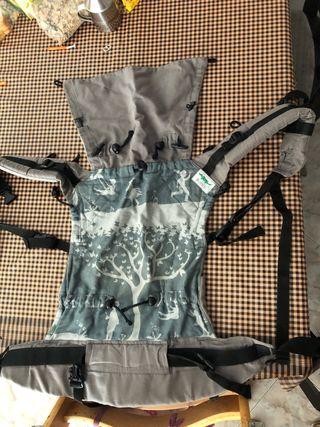 Mochila porta bebés ergonomica