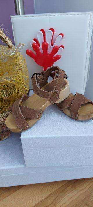 Sandalia piel vuelta 27 Mango
