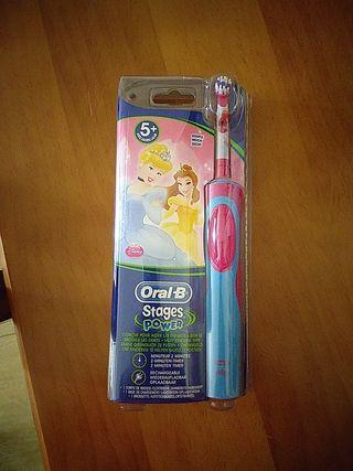 cepillo infantil oral b