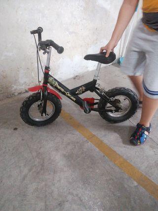 Bicicleta de piratas del caribe