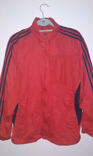 Chaqueta roja y negra Adidas