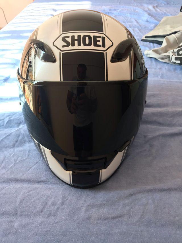 Casco Shoei XR 1000