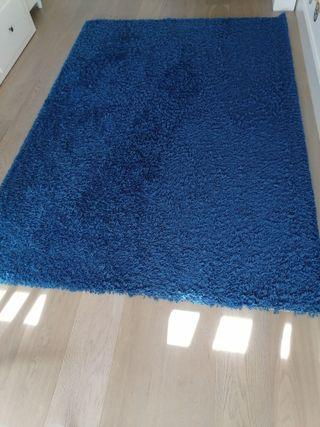 Alfombra Ikea pelo largo azul