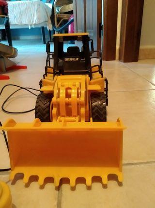 escavadora Caterpillar radiocontrol