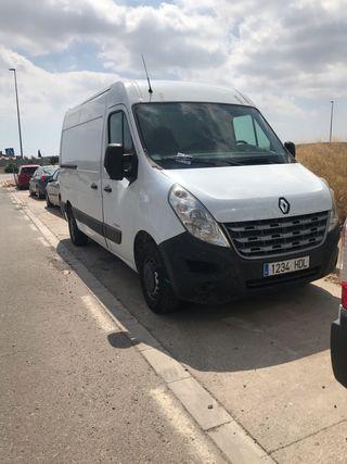 Alquiler furgoneta sin conductor 12m3
