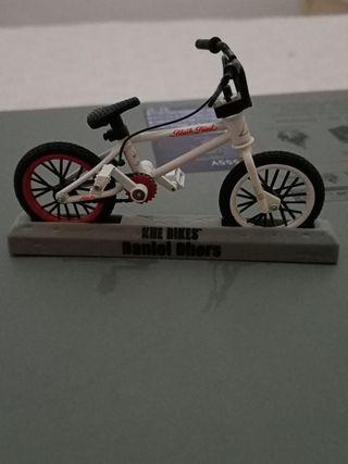 maqueta bici bmx