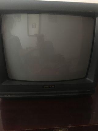 Televisión pequeño