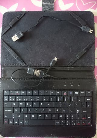 """Funda para tablet 7-8"""" con teclado USB"""