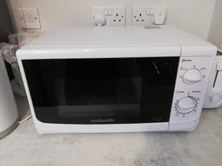 Microwave 700W White Cookworks