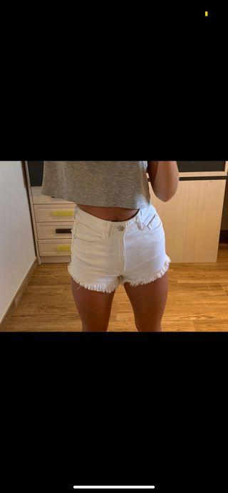 Shorts blancos Zara