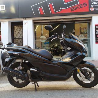moto honda pcx 125cc injeccion 15.000km