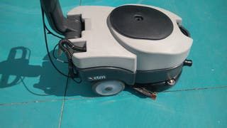 fregadora suelos